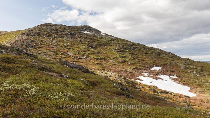 Der Gipfel des Kassavare vom Stuornjåske aus gesehen