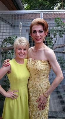mit Sängerin Linda Feller