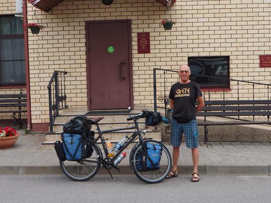 An der Grenze getroffen: Paul ein Schweizer Radler
