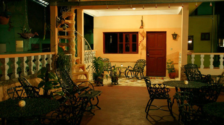 Our terrace on the 2nd floor at night with view to the apartment of the 'Casa Sol y Salsa'