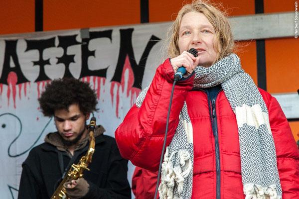 Marion Küpker, Gewaltfreie Aktion Atomwaffen Abschaffen, GAAA