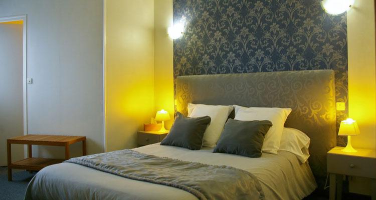 Chambre, room hotel 5 Astaffort