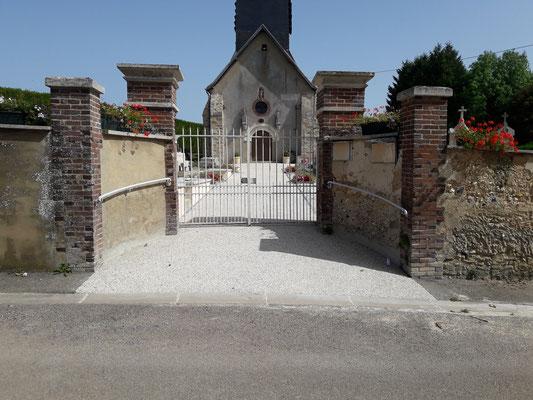 Entrée du cimetière avec l'accès PMR 2017