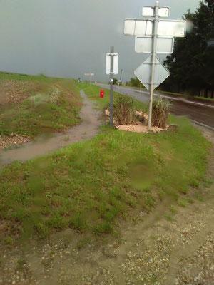 Fossé entrée de Vulaines RD 660 après l'orage été 2017