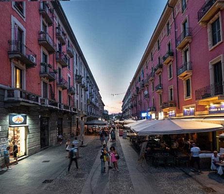 In den Navigli, beliebtes Ausgehviertel mit Bars und Restaurants, Mailand, Lombardei, Italien