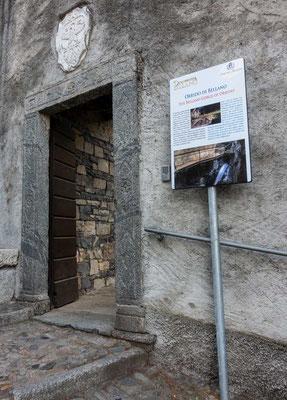 Bellanos versteckte Attraktion: die Schlucht von Bellano  (Orrido di Bellano) - der Eingang liegt an der Treppe die hinter der Kirche den Berg hinaufführt, Comer See Region, Lombardei, Italien