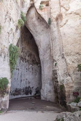 Das Ohr des Dionysos, eine Kalksteinhöhle im Archäologischen Park, Syrakus