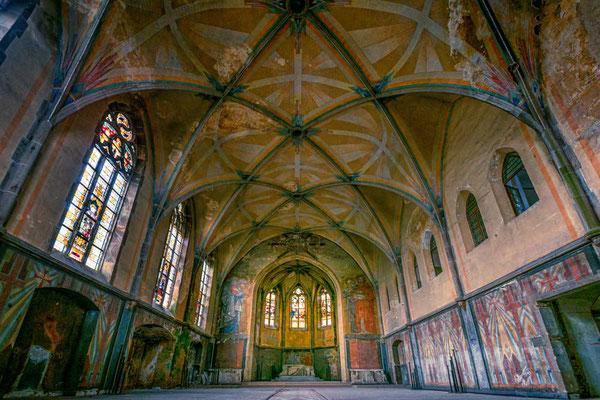 In der Kirche - Kent School, Waldniel-Hostert