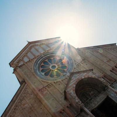 Basilica di San Zeno - eine der wohl bedeutensten Kirchen in Verona aus dem 12./13. Jahrhundert