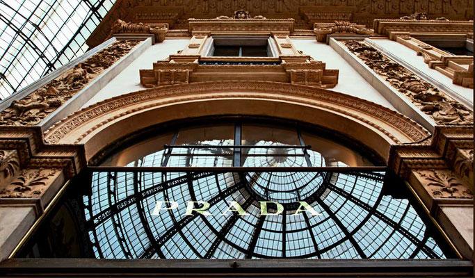 Luxustempel Galleria Vittorio Emanuele II, Mailand, Lombardei, Italien