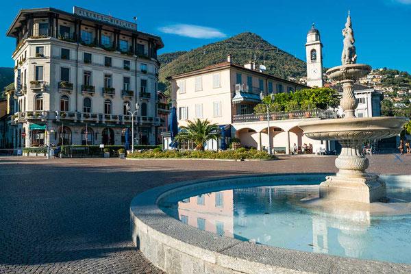 Cernobbio, am südlichen Westufer gelegen - es ist Nachsaison, uns kommt der Ort fast schon wie im Winterschlaf vor, Comer See, Lombardei, Italien