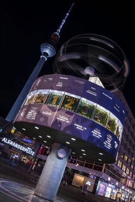 Alexanderplatz Berlin - ein immer belebter Platz im Herzen Berlin