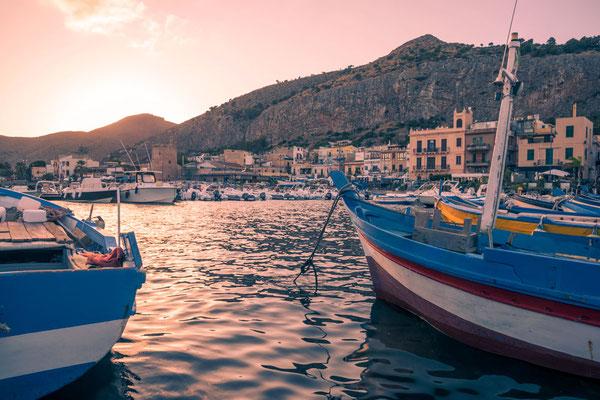 Abendstimmung in Mondello, Palermo, Sizilien