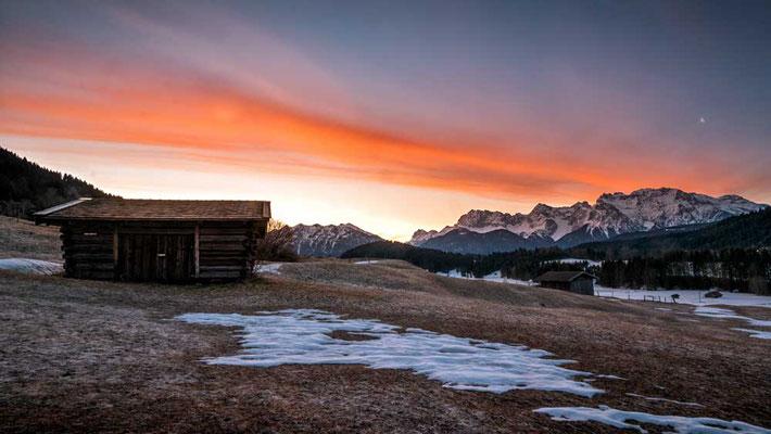 Morgendliche Farbenpracht überm Geroldsee, Karwendel, Garmisch-Partenkirchen, Zugspitzregion