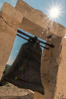 Auf der Terrasse des Castello di Donnafugata, Provinz Ragusa, Sizilien