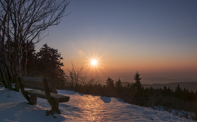 Taunus Winter Wunderland - Sonnenuntergang am Großen Feldberg, Hessen