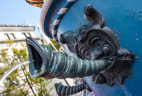 Detail - Fritschibrunnen auf dem Kapellplatz in Luzern, CH