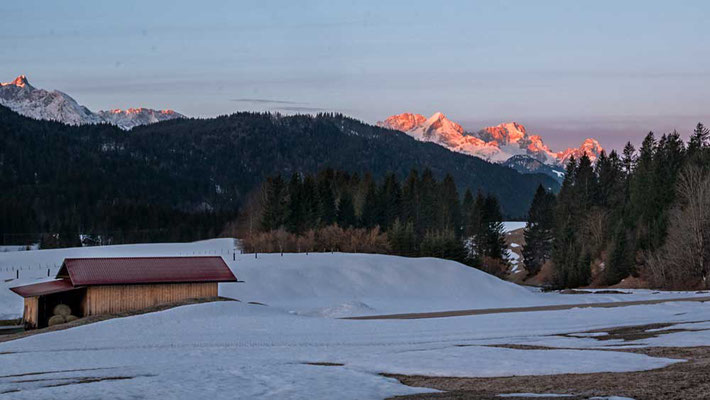 Alpenglühen am Geroldsee, Karwendel, Garmisch-Partenkirchen, Zugspitzregion