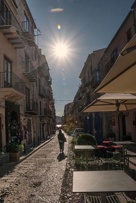 In den Straßen von Cefalù, Sizilien