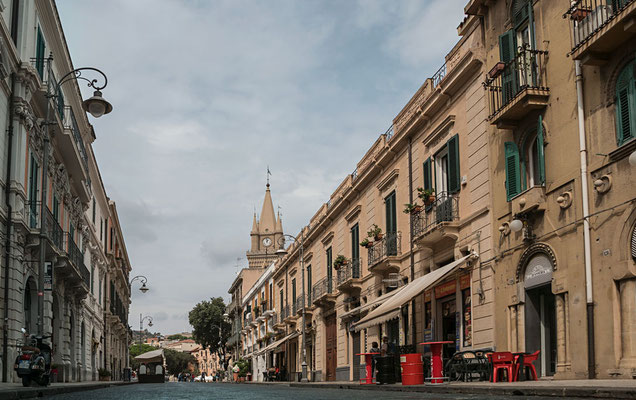In den Straßen von Messina, Sizilien