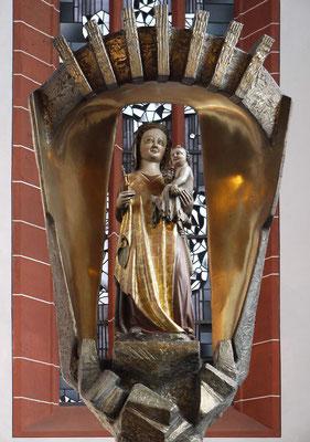 Die Gnadenmadonna im Chorraum (Anfang 14. Jahrhundert)