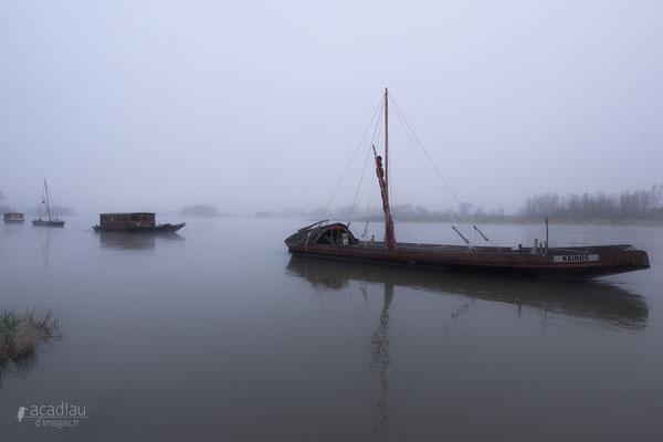 Bateau sur la Loire - paysage photo nature ©Alexandre Roubalay - Acadiau d'images