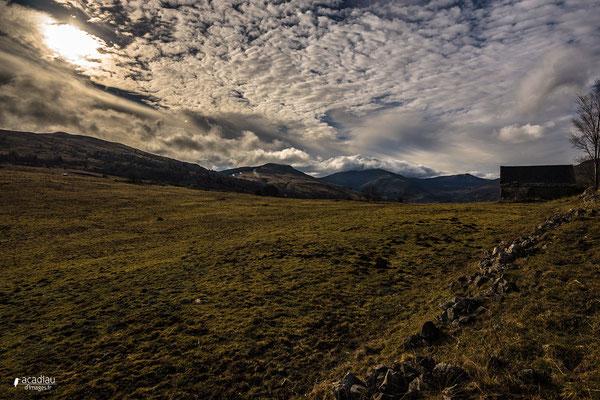 Paysage du Cantal - paysage photo nature ©Alexandre Roubalay - Acadiau d'images