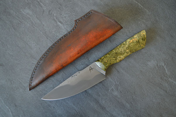 #99, couteau de chasse 80CrV2, loupe d'érable kaki - 425€