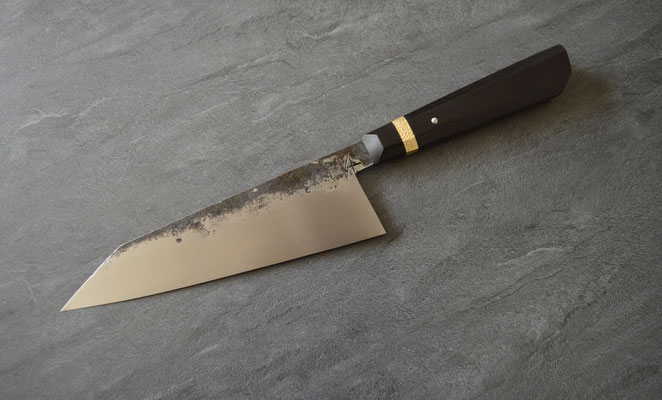 #341, gyuto 23cm, ébène du Gabon & laiton martelé