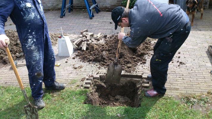 gaten graven voor de poeren
