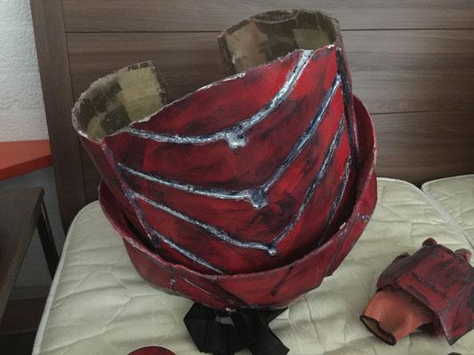 buikstuk en heupstuk incl battle damage en ophang riemen