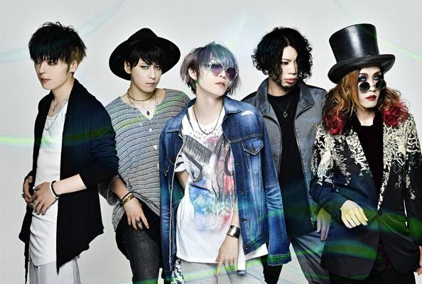 "Juni 2017, Look zu ""FIREFLY""; von links nach rechts: Zero, Hiyuu, Yuuki, Ichirou, Satoshi"