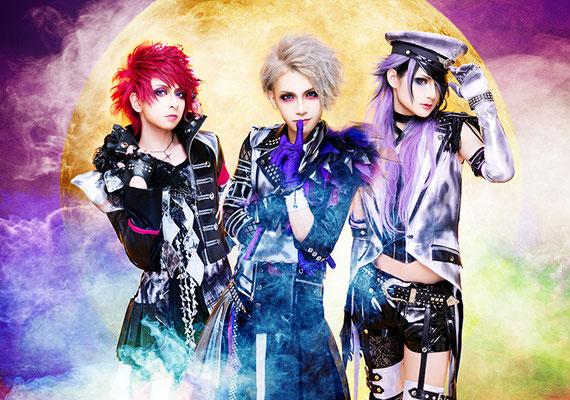 "Mai 2016, Look zu ""Panic Panic!""; von links nach rechts: Fuma, Keiya, GAK"
