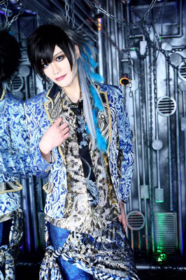 Bassist Linz