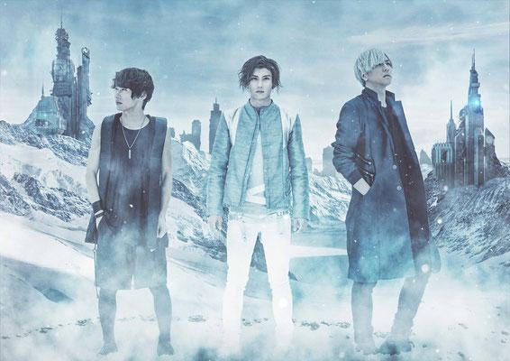 """März 2018, Look zu """"Hibana""""; von links nach rechts: Ray, Arata, Reiji"""