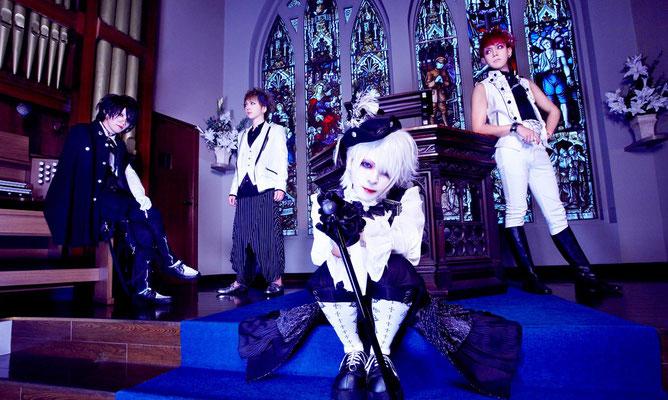 "Oktober 2018: Look zu ""Gustav""; von links nach rechts: Taizo, Yuura, Keiyuu, Yasuno"