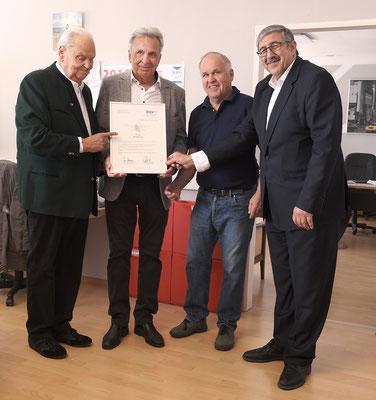Die drei Ex-Obmännern Eduard Hatzl sen., Hans Pichler und Walter Apolloner mit Obmann KommR Fardin Tabrizi