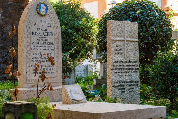 Deutscher Friedhof neben dem Petersdom
