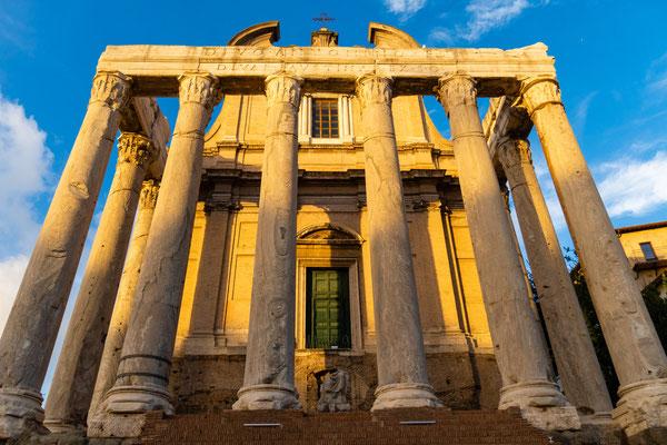 Antonius- und Faustina-Tempel