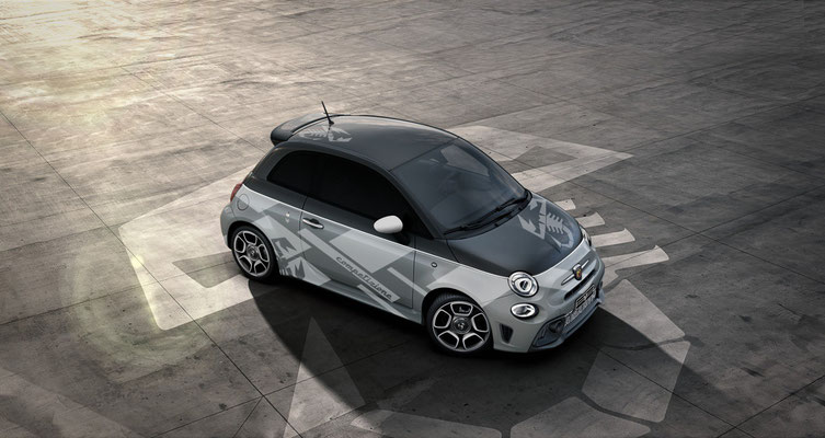 CarFashion - Fiat 500 595 render