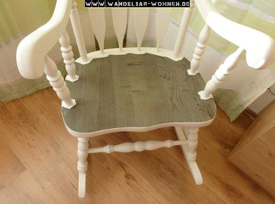 traditioneller schaukelstuhl wandelbar wohnen. Black Bedroom Furniture Sets. Home Design Ideas