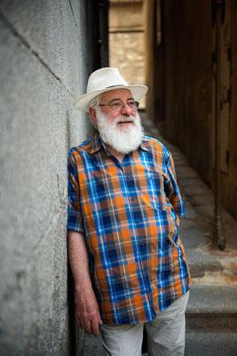 Gabriel Cruz Marcos, escultor y amigo. Me encanta su trabajo hierro y sus terracota. Es uno de los escultores consagrados de Toledo.