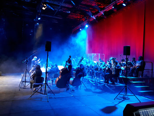 "Mitsubishi Electric Halle Düsseldorf: ""Michael Jackson - The Symphony Experience"" -Orchestermanagement-"