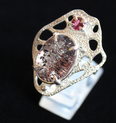 ring, size 13 (JP): rhodolite garnet, amethyst elestial
