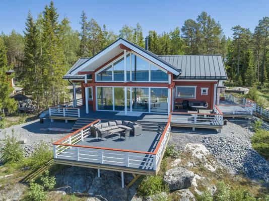 Maison en bois massif contre collé