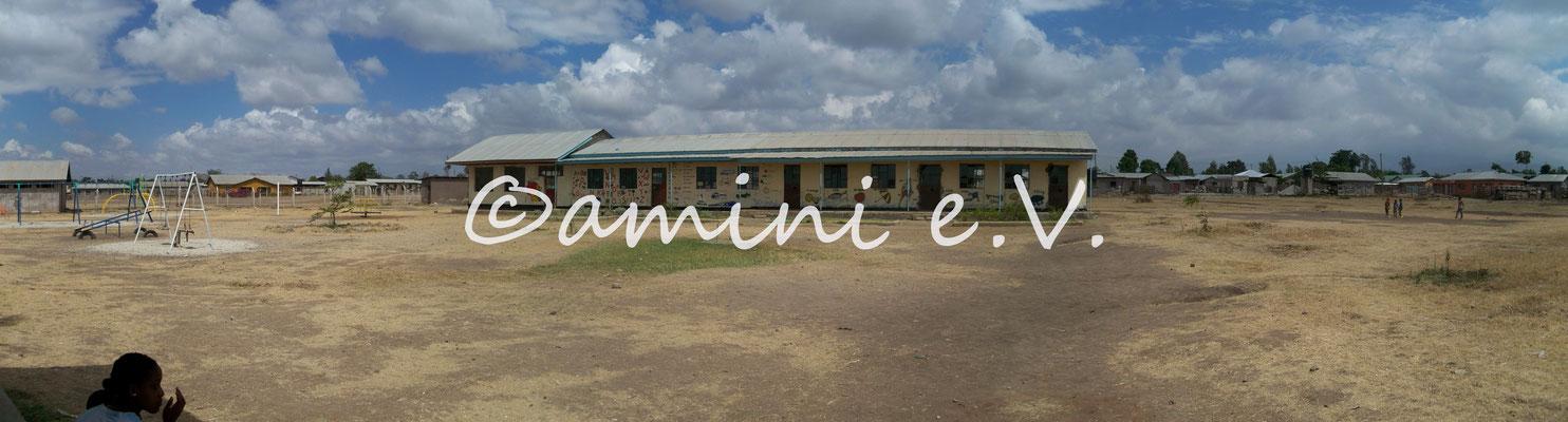 Good Hope November 2010 - gerade wurde das fünfte Klassenzimmer fertiggestellt