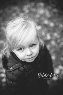 Kindergartenfotograf schwarz weiß