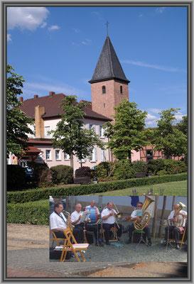 Königsplatz mit Freizeitmusikanten