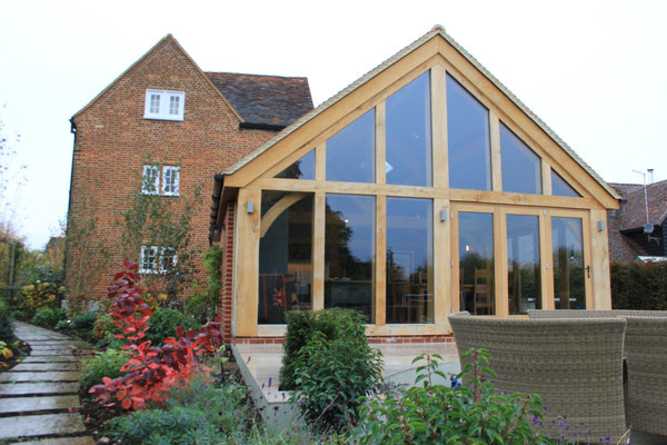 Oak Framed Kitchen Extension to Listed Farmhouse, Beaconsfield ...