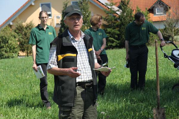 Forstdirektor Moser überbringt die Grüsse des Landkreises Biberach